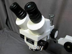 Accu-Scope 3061 7.5X 35X Binocular Zoom Stereo Microscope & Boom Stand