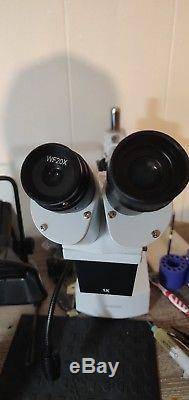 AmScope 10X-20X LED Binocular Stereo Microscope Boom Arm + LED Gooseneck