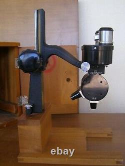 Antique Baush & Lomb Stereo Binocular Microscope AKW display @ Smithsonian