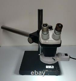 Bausch & Lomb SZ4 Stereo Zoom Microscope with Boomstand