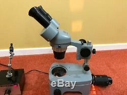 Kyowa No. 811899 Stereo Binocular Microscope with light source and power supply
