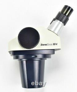 Leica Stereo Zoom 4 SZ-4 Microscope Head With 10X W. F. 311581 Eye Pieces GREAT