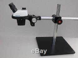 Leica Stereo Zoom 4 binocular microscope