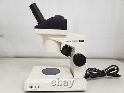 Leica ZOOM 2000 Illuminated Stereo Microscope