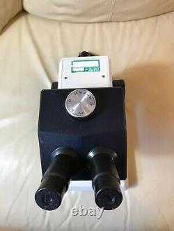 Leica Zoom 2000 Stereo Microscope 10x Eye 10.5-45x Objective Z30V