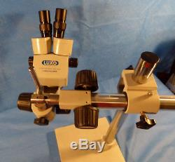 Luxo Stereo Zoom Binocular Microscope 10x Lens W Stand & Light