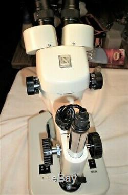 National 420-430PHF-10 Stereo Microscope 10X40X Zoom, Built-in top & Bottom Light