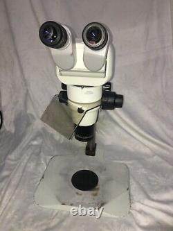 Nikon SMZ800 Stereo Trinocular Microscope Diascopic Stand 1x Objective
