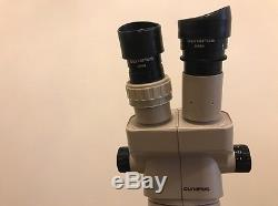 Olympus SZ30 Microscope Binocular Stereo Zoom wt Stand & Adjustable Eyepieces