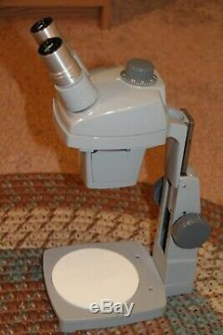 Reconditioned Bausch & Lomb Stereo ZOOM Microscope. 7X to 30X