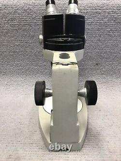 Reichert Stereo Star Zoom 0.7X to 4.2X 570 with Stand